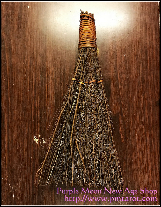 Natural Cinnamon Broom 12