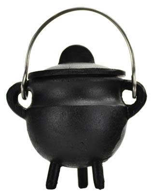 Plain cast iron cauldron w/lid