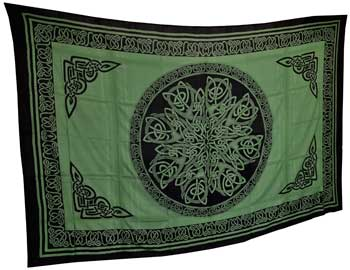 Ancient Celtic Knot Tapestry Green & Black (72x108)