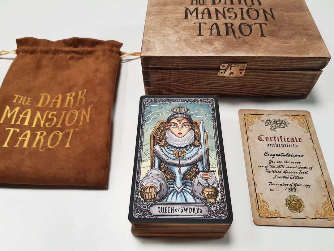 The Dark Mansion Tarot - Limited Edition