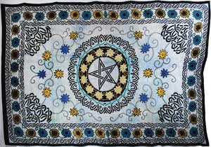 Flower Pentagram Tapestry (72x108)